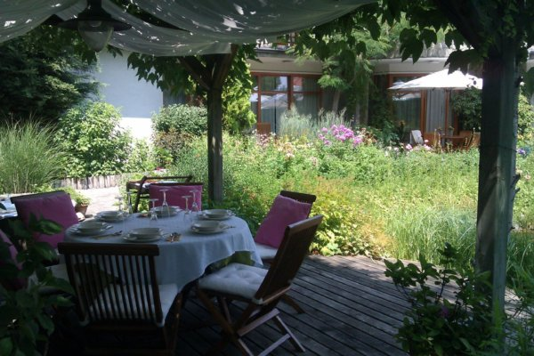 éttermi kertek és környéke kullancs matricák